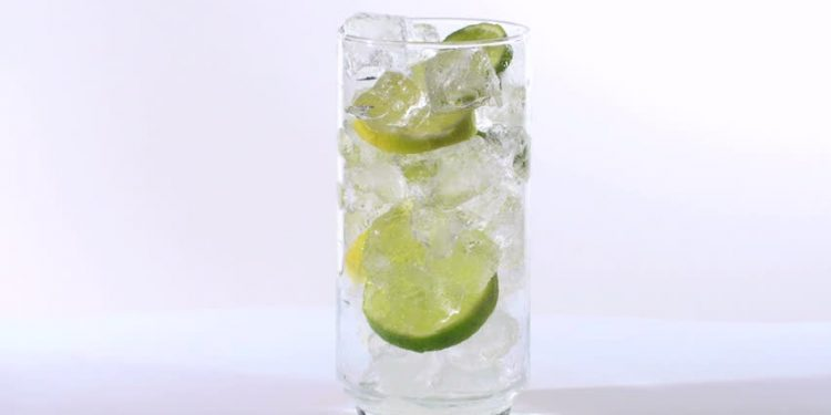 Uses-benefits-lime-water