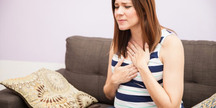 Is-heartburn-in-early-pregnancy-a-sign-of-twins